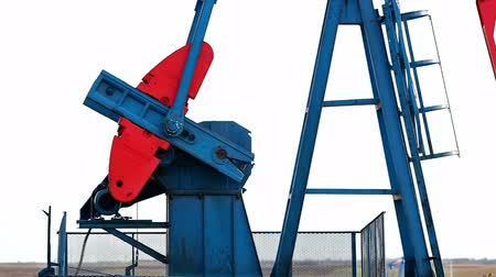 petrokimya : Working oil pump jacks ; Oil pump in work on oil fields,video clip