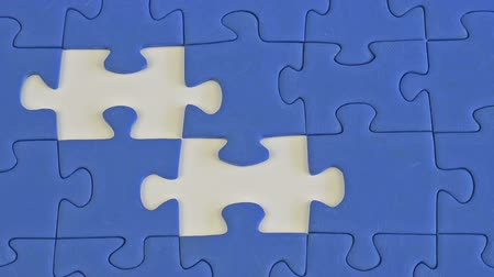 jigsaw : building a jigsaw of blue pieces