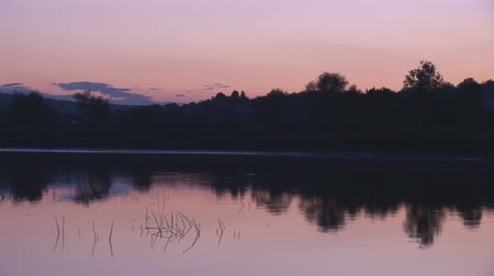 pans : sunset on lake Stock Footage