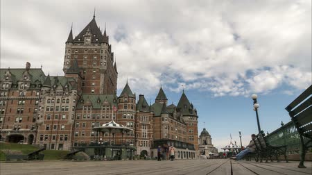 Time lapse view of Quebec City boardwalk with the famous Chateau Frontenac hotel. 4K 影像素材