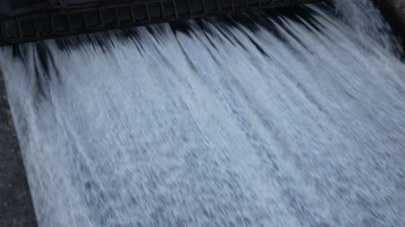 поток : Water flowing from a dam at Dokkrai Reservoir Rayong, thailand