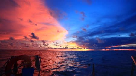 táj : Amazing sunset on Island Boracay