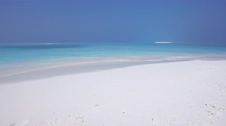 tyrkysový : Maldivian destination with nobody