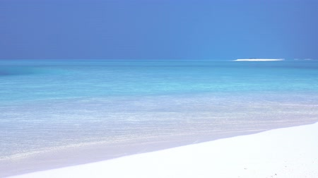sandpit : Tropical sandy beach with calm water on sandbank Stock Footage