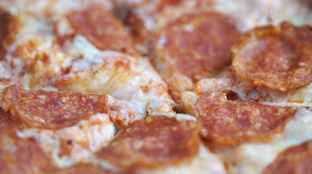 calabresa : Pizza pepperoni rotating
