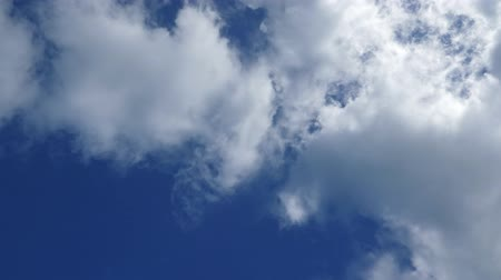 도미니카 공화국 : Clouds and blue sky background
