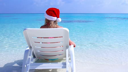deck chairs : Christmas vacation on Maldivian islands Stock Footage