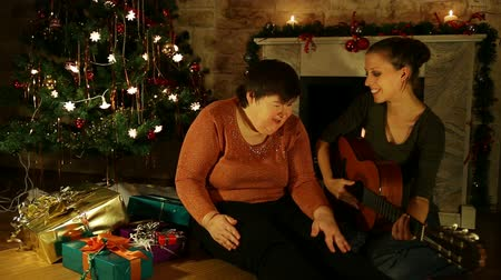 rokkant : Two Women Singing Carols