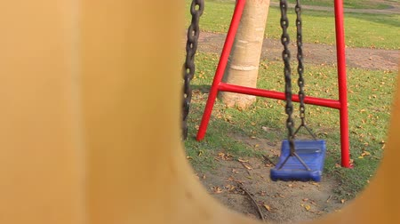 be sad : Empty swings Was moving, no people were silent until terrifying There may be kidnapping in that area.