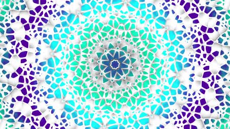 arabesk : Transforming round mandala pattern. Seamless loop footage. Emboss geometric lattice mandala in arabic style. Islamic geometric arabesque pattern. Stockvideo
