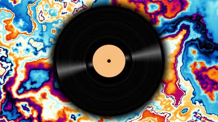 dyskoteka : Spinning vinyl discs on abstract moving background. Seamless looping footage. Wideo