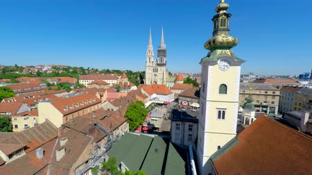 Aerial view of central Zagreb with Zagrebs cathedral. Wideo