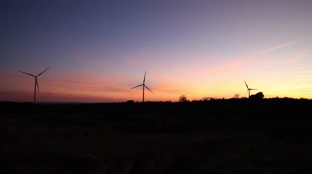 türbin : three windmills at panoramic sunset