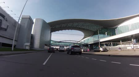 porta : MOSCOW, 19 OCT 2014. Driving thru Sheremetyevo airport. Terminal D, department zone 3d floor Vídeos