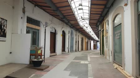среда : MAY 23, 2018, PAPHOS, CYPRUS: Market rows on a day off with closed stores, historical center of Paphos city
