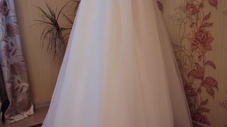 veter : A beautiful brides wedding dress