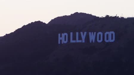 pancarte : Time-lapse lettres Hollywood Sign au lever du soleil