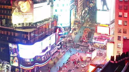 quadrado : Time lapse of Times Square at night
