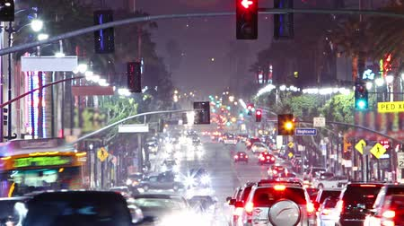 américa central : Timelapse of Hollywood boulevard traffic at night