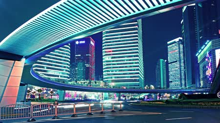 prędkość : time lapse video of light trails of city traffic in shanghai, china. loopable