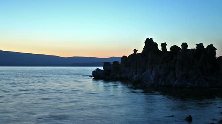 mono lake : Mono Lake panorama at dusk, time lapse Stock Footage