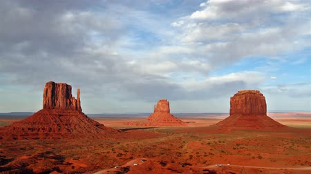 Monument valley at sunset, time lapse