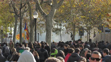 sztrájk : Barcelona, Spain 12.21.2018 : Catalan nationalist uprising against the government and police of Spain in Barcelona