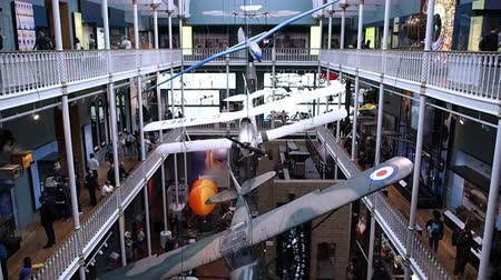muzeum : August 2017: a monoplane, a biplane and a glider hanging from the ceiling. August 2017 in Edinburgh