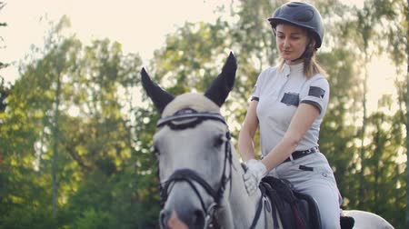 salto ostacoli : Unforgettable horse riding moments slow motion