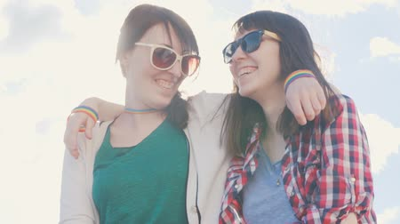 sentiment : young girls lesbians with glasses,Sunny