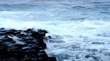 irlandês : Hexagon rocks at Giants Causeway, Ireland