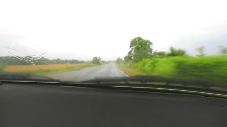 outside view : Driving in the rain