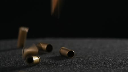 винтовка : Bullet, cartridge, ammo, ammunition fall on the ground