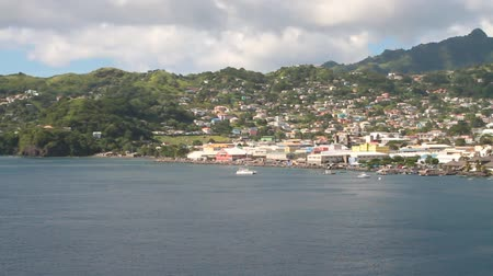 Baai, stad en haven op het eiland in de Caribische zee. Kingstown, Saint Vincent en de Grenadines
