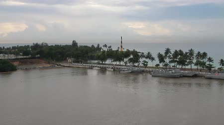 Baai in monding van Ozama River. Santo Domingo, Dominicaanse Republiek