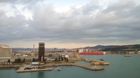 hydraulic : Large sea cargo port. Barcelona, ??Spain