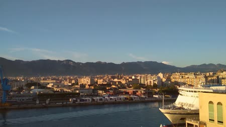 Сицилия : Seaport, gulf and city. Palermo, Italy