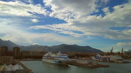 hidrolik : Palermo, Italy - Oct 04, 2018: Seaport, passenger ships, mountains and sky Stok Video