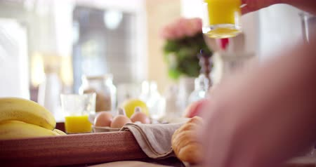 nutrição : Closeup of hands taking breakfast in slow motion