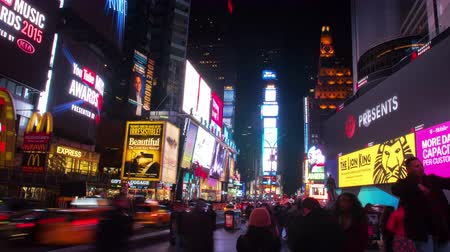 New York City - April 15, 2015 Timelapse video of Times Square at night in Manhattan, New York City Стоковые видеозаписи