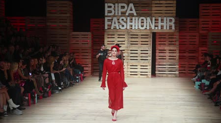 futópálya : ZAGREB, CROATIA - OCTOBER 24, 2018 : Fashion models wearing clothes for autumn-winter, designed by Robert Sever on the Bipa Fashion.hr fashion show in Zagreb, Croatia.