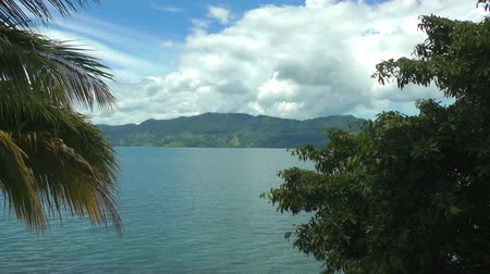 göl : Timelapse view of Lake Toba in Sumatra, Indonesia, Southeast Asia. HD
