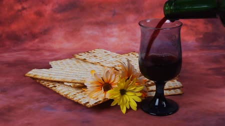 pascha : Background with matzo for Jewish Passover celebration Wideo