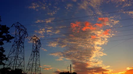 pilon : Silhouette electricity pylons in sunset background - ULTRA HD, 4k