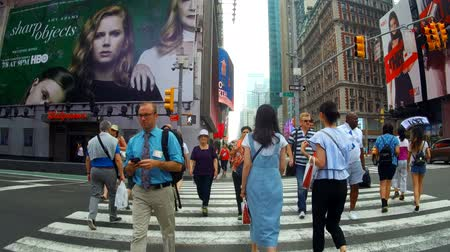 Бродвей : New York, USA - 04 july, 2018: Street going through Times Square day New York City Стоковые видеозаписи