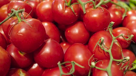 bakkaliye : Fresh Raw tomatoes in a counter of market