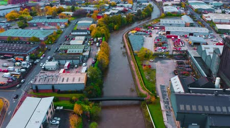 torrente : Sheffield, UK - 8th November 2019: Aerial footage of buildings, offices and factories flooded by the River Don in the flash floods of November 2019, Sheffield, Yorkshire, UK