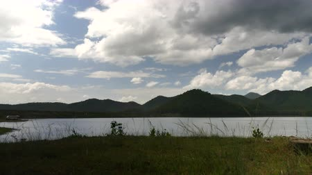 binário : Landscapes Panoramic sky mountain Mae Khong Dam Chiang Mai Thailand Against a white cloud background