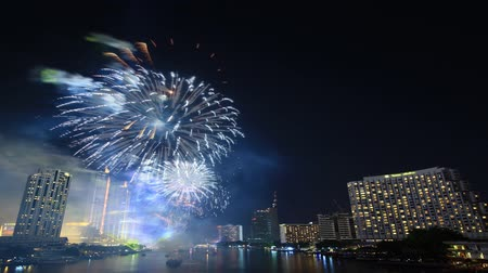 kraker : Fireworks on river city