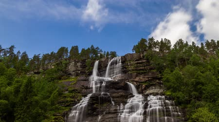 tvindefossen : Time lapse view of Tvindefossen waterfall